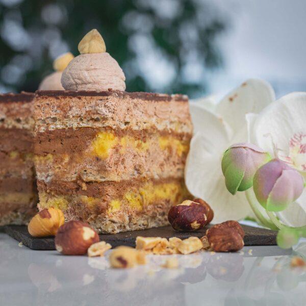 Скроз добра пекара нугат торта